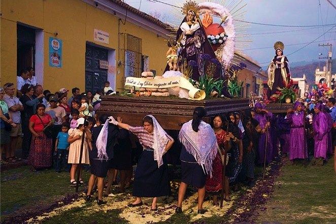 Semaine-Sainte-Antigua