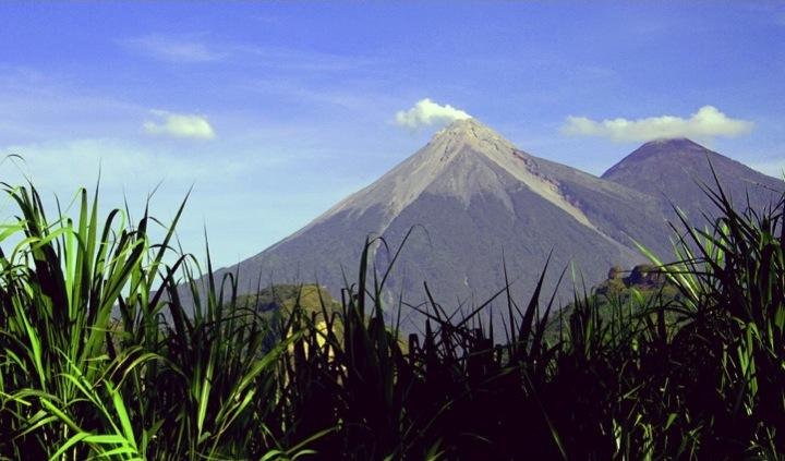 Volcan-De-Fuego-Acatenango